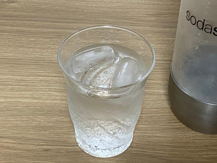 炭酸水に入れる